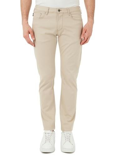 Emporio Armani  Slim Fit Pamuklu J06 Jeans Erkek Pamuklu Pantolon S 8N1J06 1N0Lz 0132 Bej